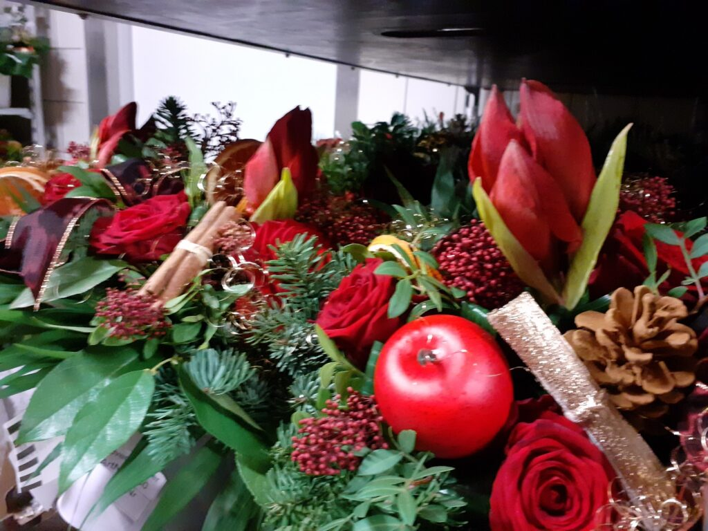 Blumenfee Weihnachts-Sträuße live aus der Produktion