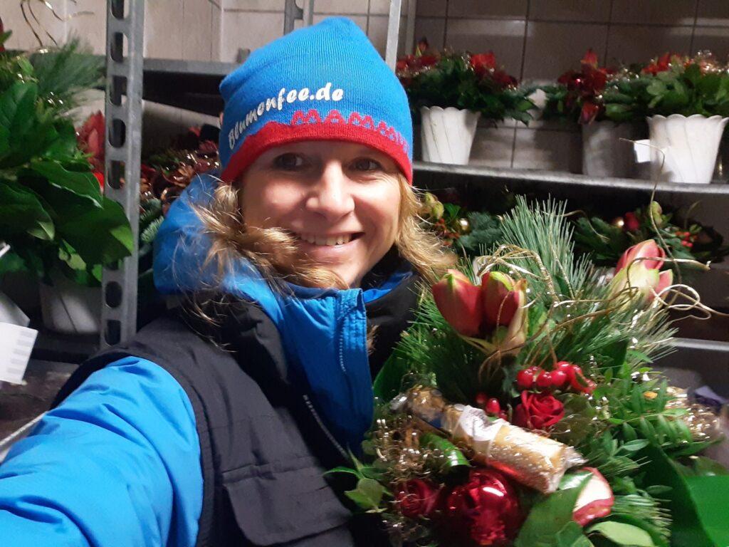 Blumenfee Inhaberin Maren Hellwig - Insights Blumenfee Weihnachts-Versand