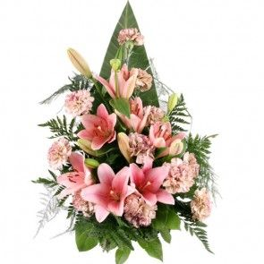 Trauerstrauß mit Lilien und Nelken mit Trauerkarte online versenden.