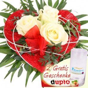 Rosenstrauss mit weißen Rosen zum Muttertag  - günstig und schnell online bestellen mit Blumenfee