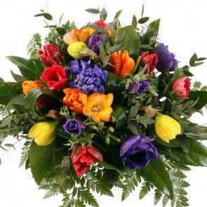 Blumenstrauß Frühlingsreigen mit Gratiszugabe Ihrer Wahl – Blumen online deutschlandweit versenden  mit www.blumenfee.de - dem Blumenversand