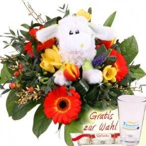 Osterstrauss mit Plüsch-Schaft online bestellen und schnell und frisch versenden mit Blumenfee - Kuschlige Grüße mit Blumen - Blumenfee Kuschel-Flower
