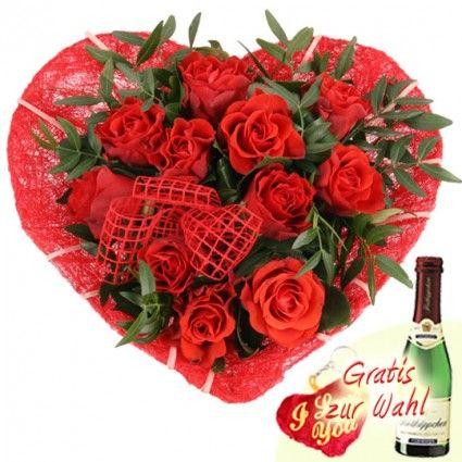 Blumen zum Muttertag online verschicken - Ein Herz für Dich – Blumen zum Muttertag / zum Valentinstag online deutschlandweit bestellen mit Blumenfee - Der Blumenversand