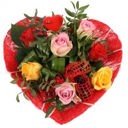 Rosenherz - Roenstrauss zum Muttertag / Valentinsstag - mit bunten Rosen und Herz online versenden