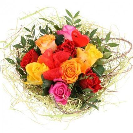 Blumenstrauss Rosen-Ensemble online verschicken mit www.blumenfee.de - dem Blumenversand