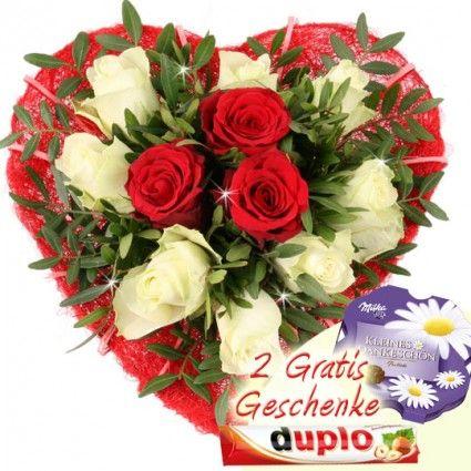 Blumen zum Muttertag - Drei Herzen - online verschicken mit Blumenfee - schnell und günstig.