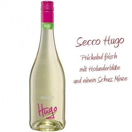 Secco Gracioso Hugo mit Minze und Holunderblüte zusammen mit Ihrem Blumenstrauß online versenden.