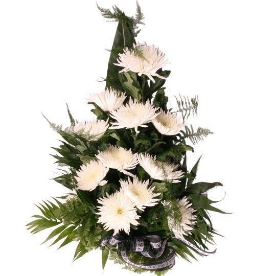 Grabstrauß mit weißen Chrysanthemen